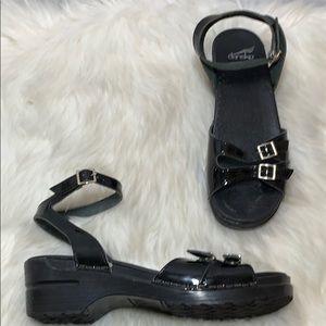 Dansko Mulan Black Ankle Strap Sandal Size 40/9.5